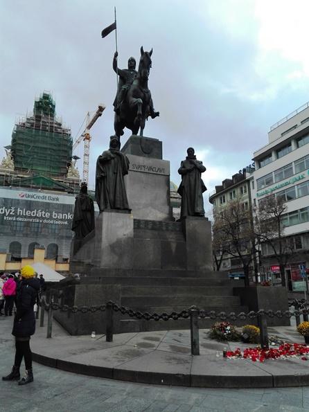 statua-san-venceslao-natale-a-praga