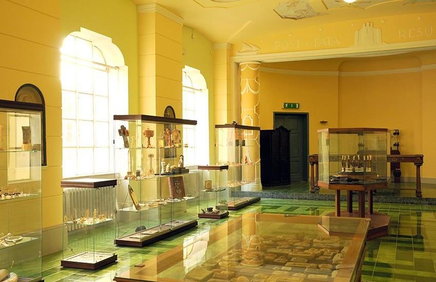 Museo del Corallo di Torre del Greco (foto di Mimmo Torrese)