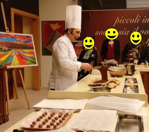Mastro cioccolatiere all'opera nel Museo Perugina