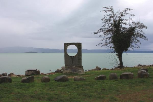 La riva del lago