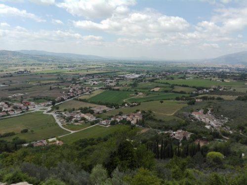 Vista da Trevi la Via di Francesco