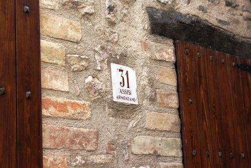 Passeggiata ad Armenzano - Numero Civico